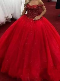 Red puffy gowns ,scroll down to see more of dresses Brampton, L6V 3X9