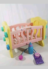 toddler's pink and yellow crib playset Hammond, 46323