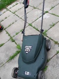 Black and decker 19inch electric lawnmower