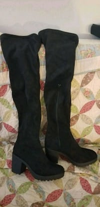 Knee high boots Calgary, T2M 1R1