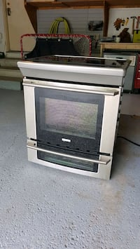 Electrolux Induction Stove 30 Inch Vaughan, L4J 6Z3