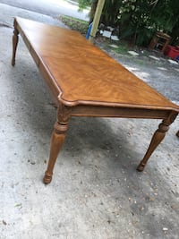 Solid wood dining room table with two middle leafs Sarasota, 34241