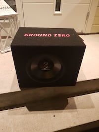 svart Ground Zero subwoofer høyttaler