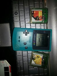 Blue Gameboy Color gamepad och spelpatroner
