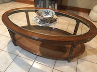 Coffee table and  2 end tables Vaughan, L4L 6H2