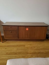 Cedar chest with drawer.great for storing
