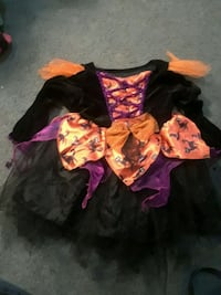 3t Halloween witch costume  Riverton, 62561