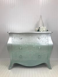Storage chest, tv console, entry way table Midway, 40347