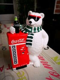 1997 CocaCola Cool Break Cookie Jar Annual Limited
