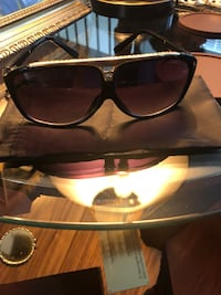 Lv sunglasse color black Sterling, 20166