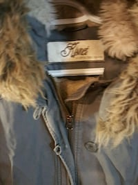 WOMAN'S WINTER JACKET SIZE MM Calgary, T2B 0G9