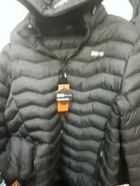 hugo boss winter jacket neww Montréal, H3N 1S8