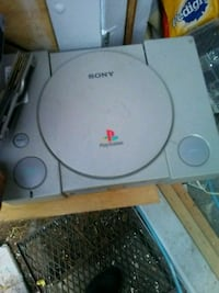 white Sony PS1 game console Firestone, 80504