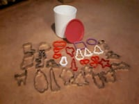 Assorted cookie cutters Cambridge, N1R 4K4