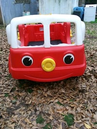 FIRE TRUCK BABY BED IN EXCELLENT CONDITION