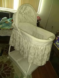 Bassinet (plays music); Parma Heights, 44130