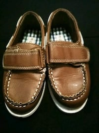 pair of brown leather loafers Atlanta, 30354