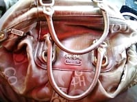 Coach purse used only a handful of times Stockton, 95203