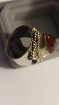 Sterling Silver Ring w/Stone