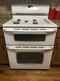 Maytag gemini double oven with convection oven.