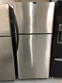 FRIGIDAIRE STAINLESS STEEL FRIDGE  Charlotte, 28134