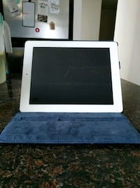 White ipad 2 with case