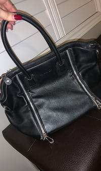 David Jones black silver zip purse hand bag  Richmond Hill, L4E 0A3