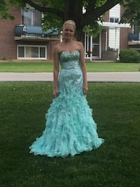 Prom dress Kitchener, N2N 3G8