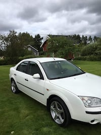 Ford - Mondeo - 2002