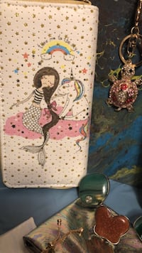 Large wallet unicorn and mermaid girl Clarkston, 30084