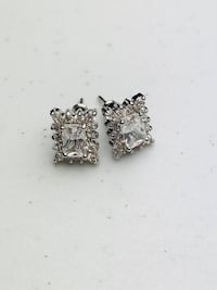Silver Plated Square Shaped Earrings With Austrian Crystal  Brampton, L6P 1E6