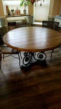 Round dining table with wrought iron design Hollywood, 20636