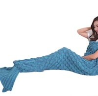 Adult Size Mermaid Tail Knitted Throw Montréal, H8Z 3H8