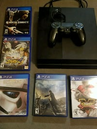Ps4 w/wireless controller + 5 games Bakersfield, 93307