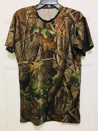 Under Armour RealTree Camo shirt (Adult size-M/young adult size XXL) Altamonte Springs, 32701
