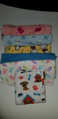 Blankets for dogs all for 5 clean Riverside, 92509