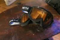 Smith  snowboard googles  2333 mi