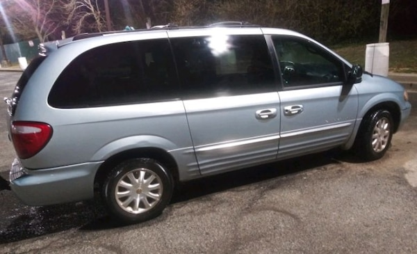 Runs&Drives 2001 Chrysler Town&Country 190,541 mi 31c0b516-44b5-463f-9d39-3f9c3ddd2f26