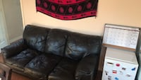 Black leather couch. In good condition  Victoria, V8N 6B2