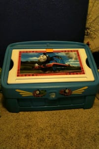 Step2 Thomas the Train 2-in-1 Toy Box & Art Lid Henderson, 89002