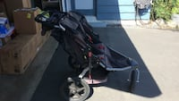 Black and gray jogging stroller Los Angeles, 91326