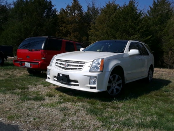 2008 Pearl White Cadillac SRX AWD (Fully Loaded)