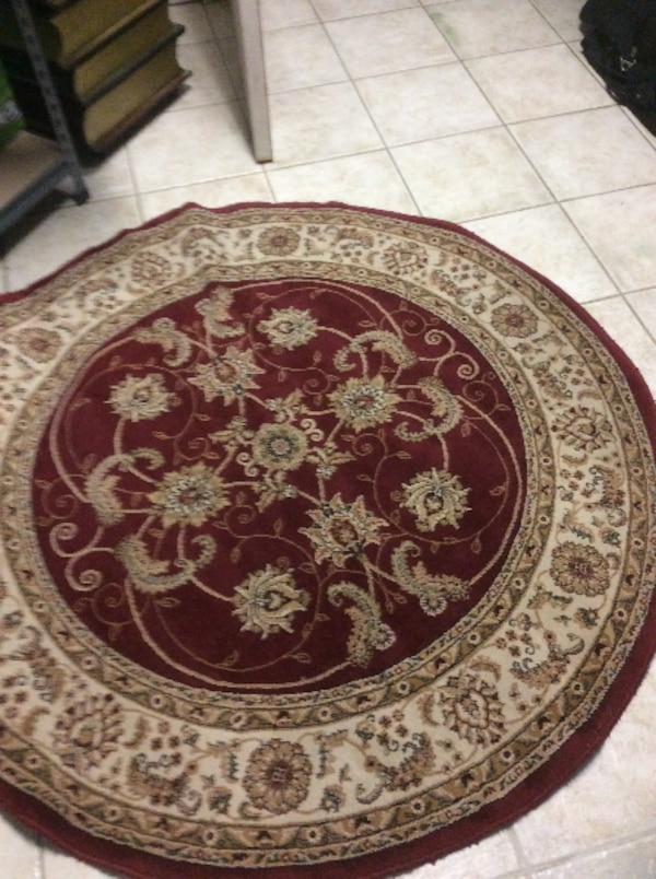Used Round Brown And Red Floral Area Rug For Sale In Laval Letgo