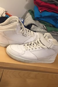 White high top angle shoes great condition.