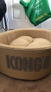 Kong dog bed  Brampton, L6S 3T7