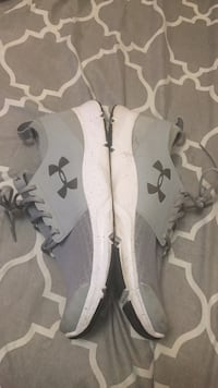 Grey under armour running shoes  Toronto, M9V 3S5