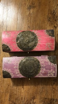 Two wood jewelry boxes London, N6A 5L7