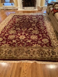 Rug. 100% wool. Hand knotted.  Appx 14' x 8.5'   high end. Arlington