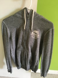 Grey ROOTS zip-up jacket Winnipeg, R3R 3S5
