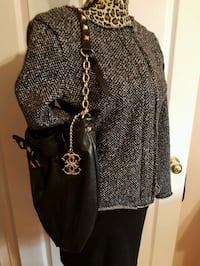 leather purse with stud details Kawartha Lakes, L0A